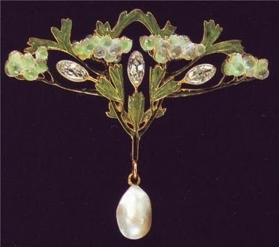 Gorgeous!   Art Nouveau, Lalique Jewelry