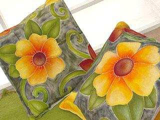 almohadones pintados: Almohadon Con, The Tela, Con Flore, Echo Con, Almohadon Pintado, Almohadon De, Cosa En, Our, And Tela