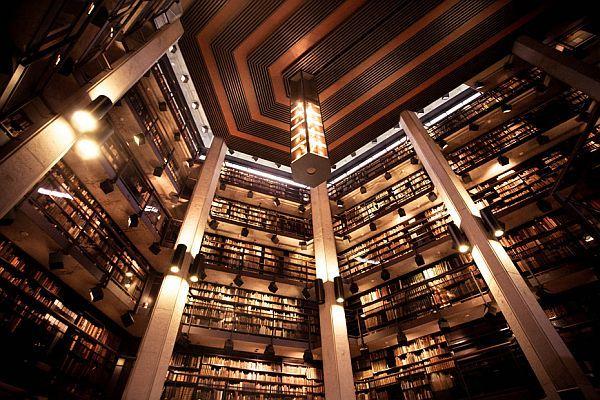 トーマスフィッシャーレアブック図書館(カナダ)