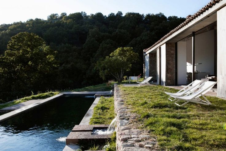 Estate In Extremadura / Abaton Architects