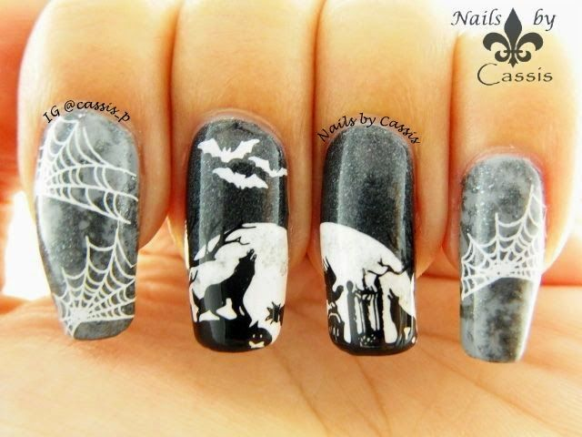 Nails by Cassis: Wolves Howling at the Moon from http://cassispeach.blogspot.com.au/2014/10/wolves-howling-at-moon.html