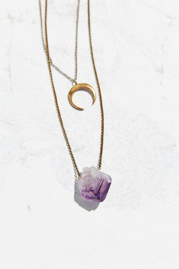 This cute layered amethyst necklace. | 17 Seriously Gorgeous Pieces Of Gemstone Jewelry