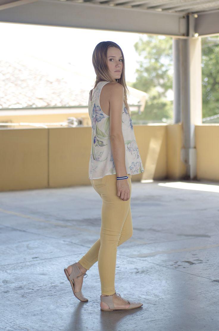 fashionbysiman sof a vila el mostaza es un color de moda combina un