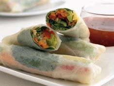 Vietnamese Rice Paper Rolls Recipe - Lunch box  or healthy party food idea. You could add cooked chicken, beef or prawns if eating straight away. Yum!