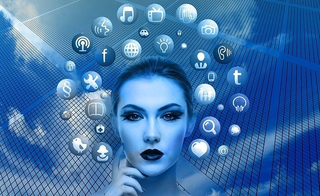 Optimizarea postarilor din social media pentru motorul de cautare Acum platformele sociale au devenit adevarate industrii. Aproape jumatate din planeta (din cei care au acces la internet) foloseste retelele sociale cel putin o data pe zi. Avand acesta popularitate ar fi o mare prostie ca cei care se ocupa de online marketing sa nu profite de pe urma acestora. Detalii pe http://visudamarketing.ro/optimizarea-postarilor-din-social-media-pentru-motorul-de-cautare/.