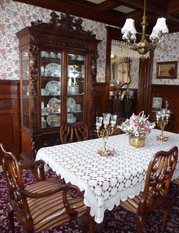 1900 Home Interiors Restored | ... restored Queen Anne mansion built by Horace Hamlin Redfield in 1900