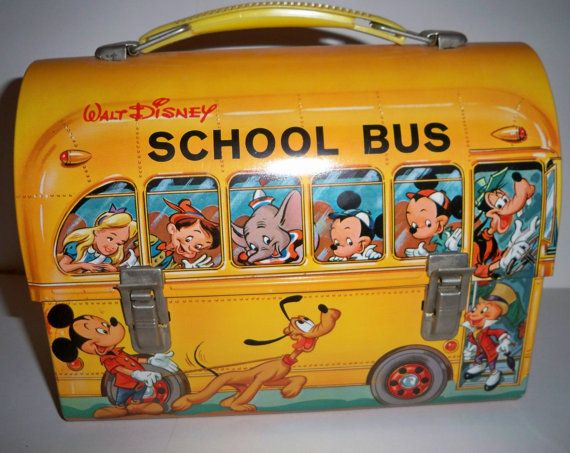 101 Vintage Lunch Boxes   I had this one, with the matching thermos!