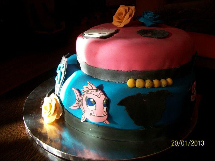 Hace ya casi 4 años de esta tarta.  Tarta Monster Hight, como pasa el tiempo