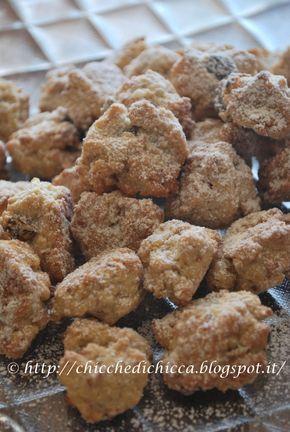 Biscottini vinsanto e nocciole Una ex collega di lavoro nei giorni di Natale mi ha fatto assaggiare questi biscottini savolosi che ho voluto riprovare e dopo aver...