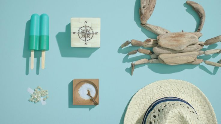 For the new HGTV's tvc Buck uses the inspiration behind the color palettes using stop motion video.  Credits to the stop-mo artists Daniel Oeffinger and Matt Somma.