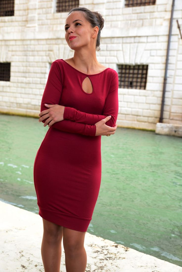 Red evening dress with sleeves and keyhole
