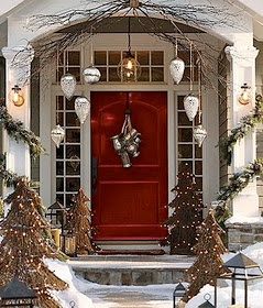 I could add the twig swag and the ornaments with my other Christmas decorations at my front entry