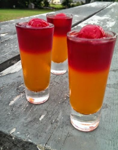 Party Time!! Who wants some Jell-O Shots? Me, Me, Me!! 8-) Most of us know aTequila Sunrise is aclassic tequila drink with orange juice and grenadine that rises from the bottom and simulates a sunrise. So pretty, right??!!! Well...This jello shot is a REVERSE tequila sunrise, so it's flip-flopped, thus being called the'Flip-Flop' Tequila Sunrise Jello Shot. Pretty cool, huh? Fruity and fun!! Being this is Labor Day weekend, the term 'flip-flop' reminds me of relaxing, being on…