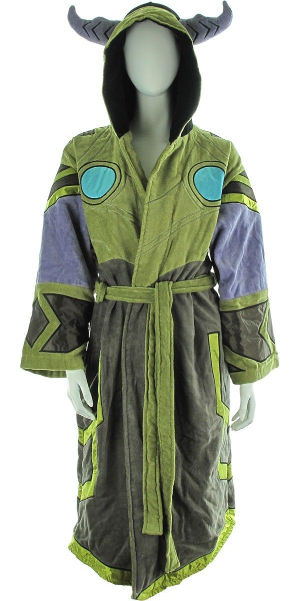 World of Warcraft Draenei Junior Robe It's like magic when you wear this junior-sized World of Warcraft robe featuring satin panels! The World of Warcraft Draenei Junior Robe is a green and gray women's hooded bathrobe with blue and purple highlights. It offers a warm and comfortable feel along with a fully embroidered design that mimics the look of female draenei, or the Exiled Ones, who practice magic in the online role-playing game World of Warcraft!   Shop this product here…