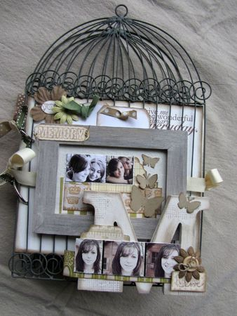 Mini 'Cage' Album ~ Instructions Aren't in English, but what an Awesome Idea!!!