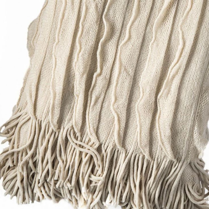 When it comes to decorating your living room, bedroom or study, style and comfort should not be mutually exclusive. Let our fine knit Ripple Throw take you there this Spring. Ultra soft, lightweight, washable & only $34.95 each