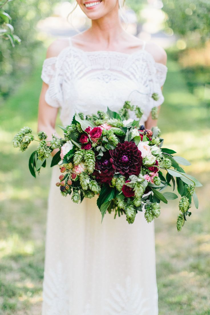Local bridal bouquet. Maroon Dahlia's. Garden Roses. Spray Roses. Roses. Pink. White. Green. Hops. Bay leaf. Natural. Wedding.  Photo: www.anthemphotography.com www.forestandfieldcreative.com