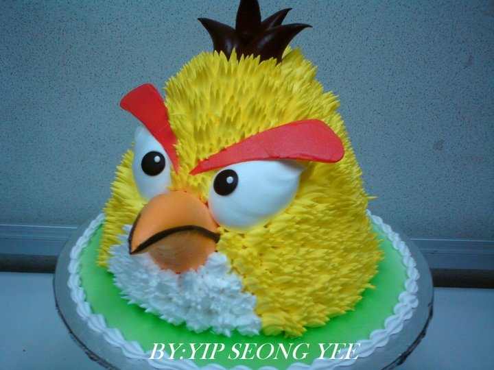 ~Angry Bird cake