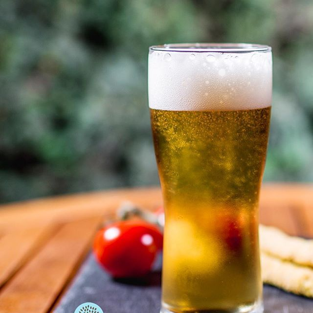 Very few things are better in summer than a glass of a really cold beer. Enjoy it in our yard after a long day in Halkidiki!  Λίγα πράγματα είναι καλύτερα το καλοκαίρι από ένα ποτήρι παγωμένη μπύρα. Απολαύστε την στον κήπο μας το βράδυ, μετά από μια γεμάτη μέρα στη Χαλκιδική!