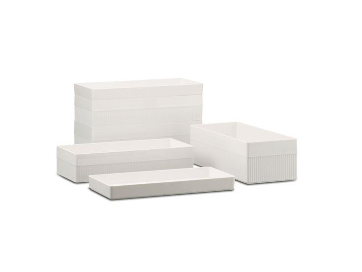 Kali white boxes. Distributed by Inbani. #bathroom