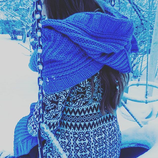 Reposting @artesanitarium: Varulv #wrap  So many ways to wear! Knitted in Garnstudio @dropsdesign Nepal, 75 m / 50 g Pretty sure I'm going to launch on Friday... If you want to get notified, sign up for my newsletter trough the link in bio  #knitting #knit #knittersofinstagram #knitstagram  #knitwear #fashion #family #beautful #swag  #model #winter #snow #style #amazing  #pretty #handmade #handknit #newdesign #makersgonnamake  #cardigan #hoodie #scarf #handknit #strikk #tricot #stricken…