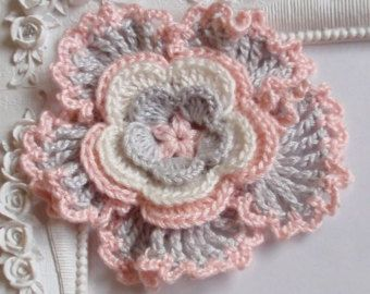 Crochet flower applique CH-025-01 by Anndesign2013 on Etsy