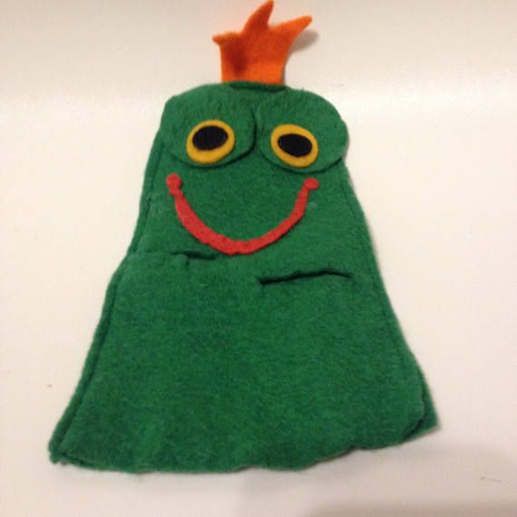 The Frog King hand puppet made in czechoslovakia felt 1970