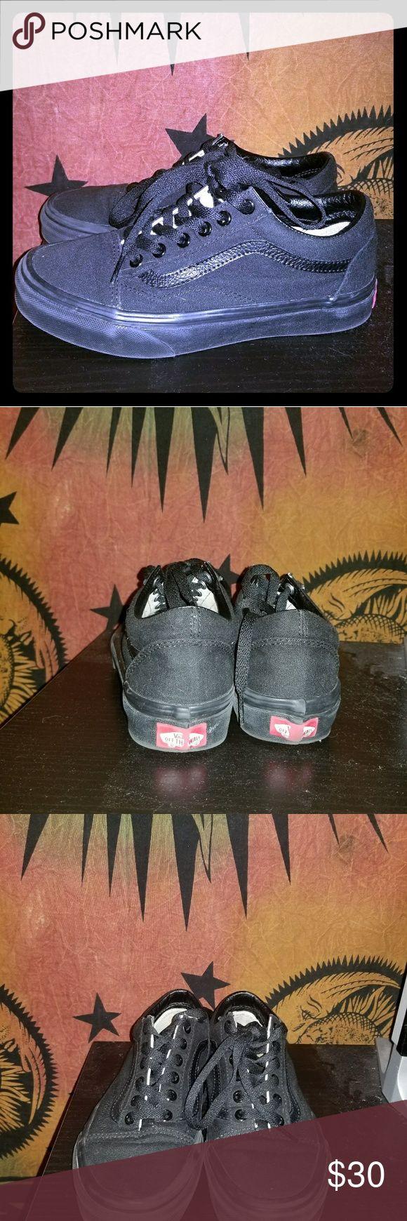 Black old skool vans All black vans Shoes Sneakers
