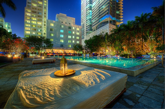 #Miami - #SouthBeach Poolside by Photomike07 / MDSimages.com, via #Flickr