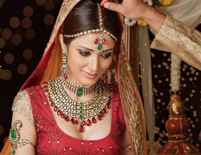 L-O-V-E Indian Jewelry! #Indian #wedding #jewelry