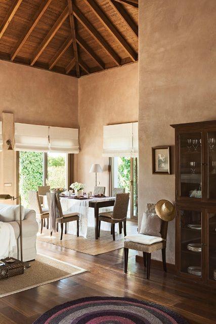 Espectaculares techos de madera para una casa de estilo - Decoracion estilo mediterraneo ...