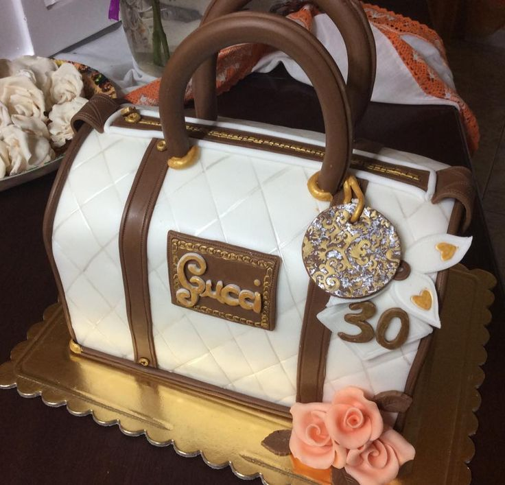 Gucci Bag Cake Art