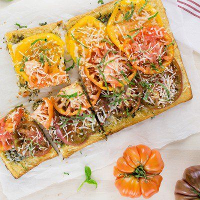 https://www.skinnymom.com/recipe-heirloom-tomato-and-pesto-tart/
