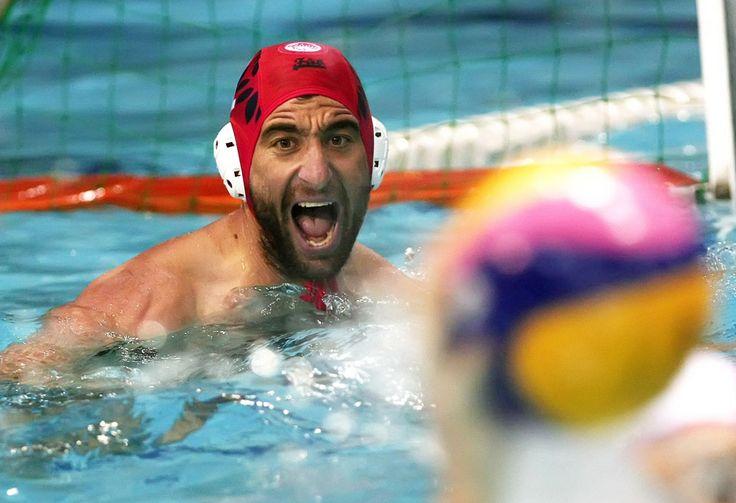 Για 14η σεζόν στον Ολυμπιακό ο Δεληγιάννης!  #waterpolo #watersports #olympiacos