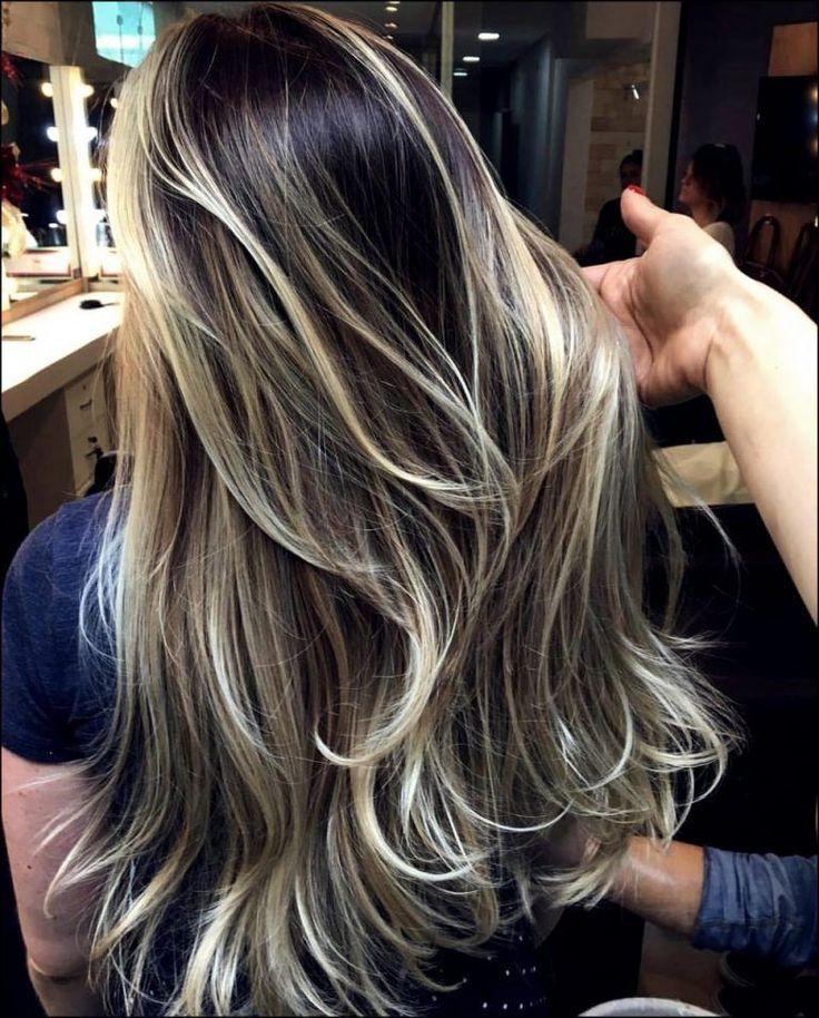 21 Beliebte Haarfarben und Frisuren für 2019-2020 | Trend Bob Frisuren 2019 # Haare #Frisuren #Stile #Stile
