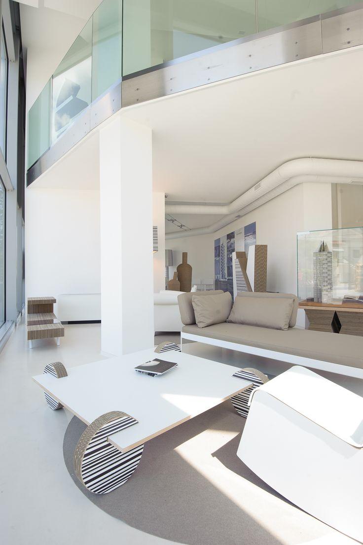 Proposta di salotto con poltrona Swing, tavolino Wheel e tavolino Victor www.staygreen.it