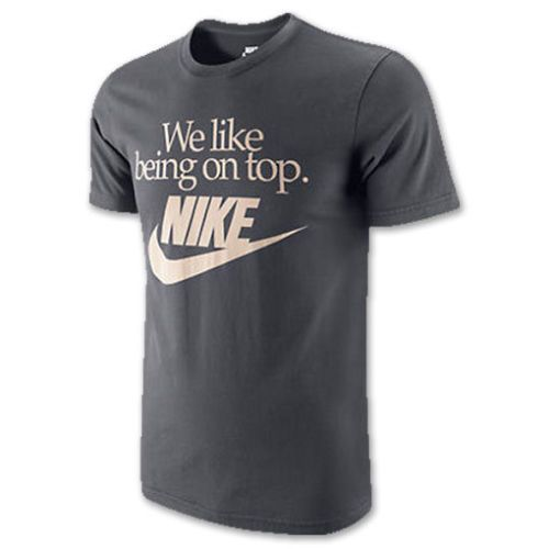 OFFERTA T-Shirt Maglia NIKE We Like Being On Top - Tarck & Field Cotone Organico | eBay