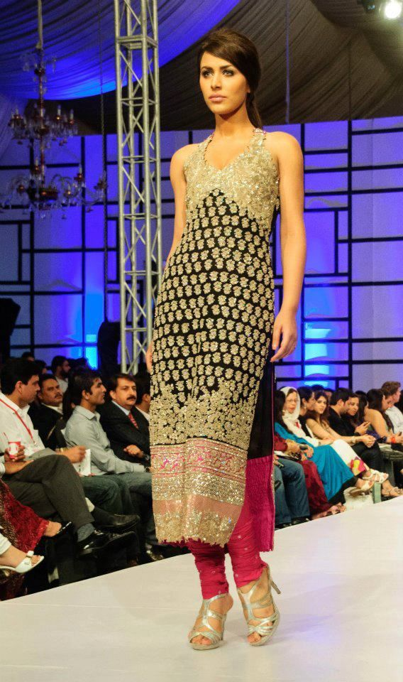 A A I N A - Bridal Beauty and Style: Designer Bride: House of Umar Sayeed at Fashion Pakistan Week 2012