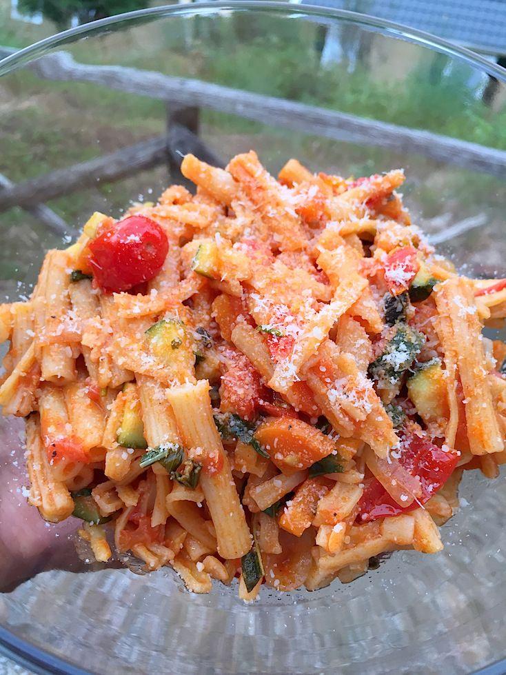 campingkoken-pasta-met-groenten-kruiden-3
