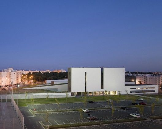 Barreiro College of Technology / ARX