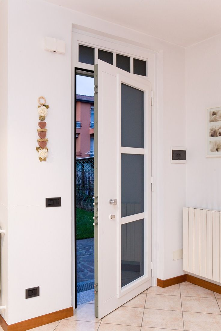 Входная дверь (большая и малая) Входная дверь (большая и малая) - QUARTIERI LUIGI