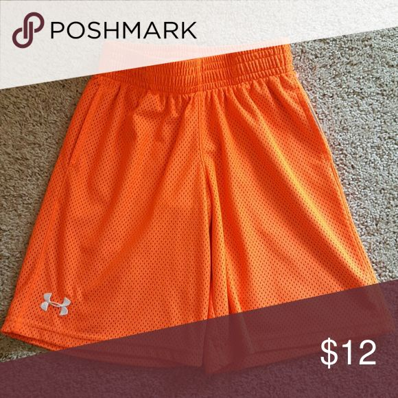 Like New! Under Armour Drifit Shorts Under Armout Heatgear to stay cool shorts. Under Armour Bottoms Shorts