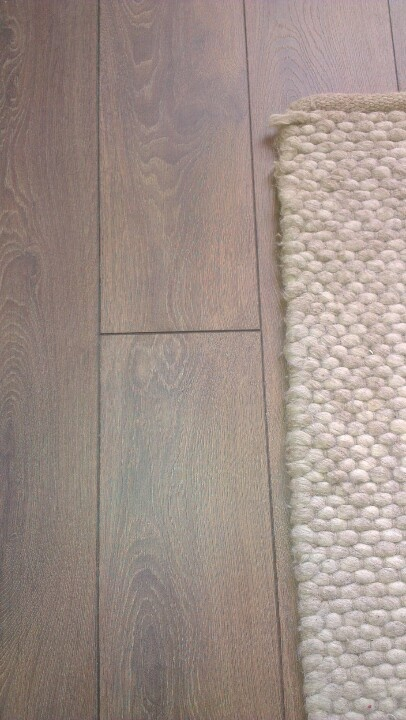 Krono shire oak, Laura Ashley rug