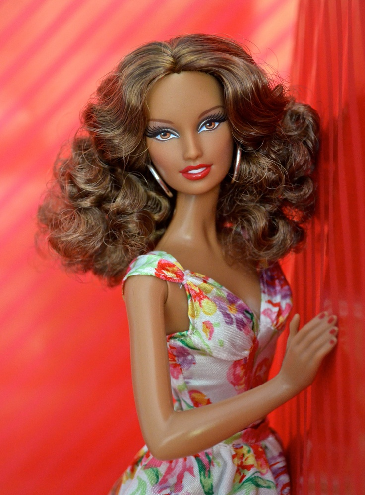 Barbie Basics Doll from Red Collection 2011 Model No.02 in floral dress