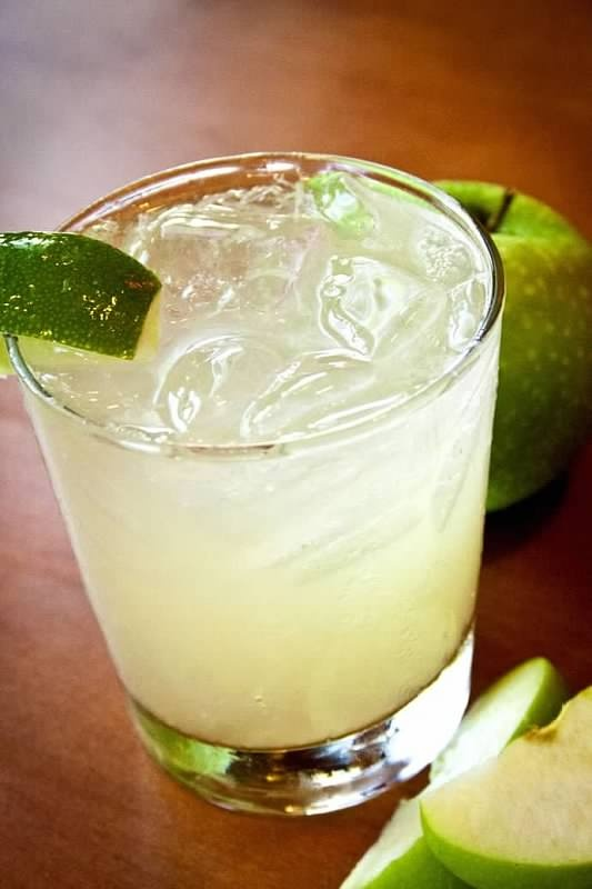 Apple Moscow Mule | drinks.beverages.cocktails | Pinterest