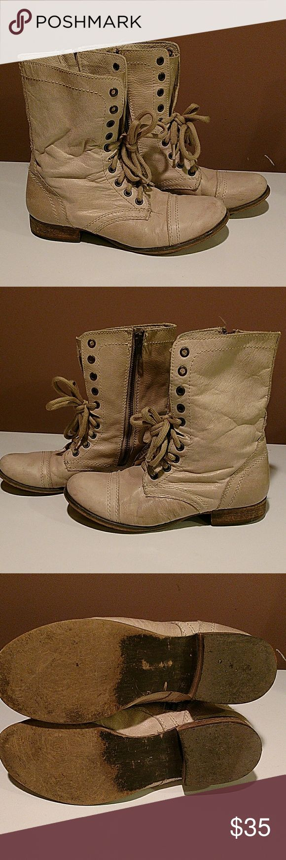 Steve Madden troopa cream Ivory coast boots 7.5 Steve Madden troopa cream Ivory coast boots 7.5, in very good preowned condition Steve Madden Shoes Combat & Moto Boots