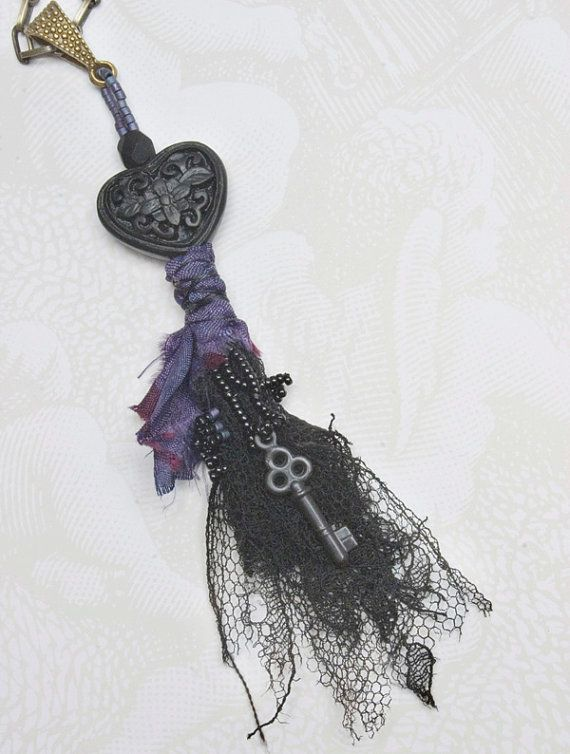 Black Heart  Memory Wrap Pendant by QueenofCuffs on Etsy, $55.00