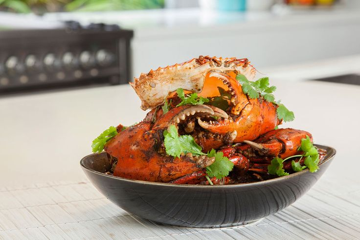 Enjoy the beautiful flavours and don't restrict yourself to crab – try prawns, chicken, tofu or vegetables. Healthy, tasty and rich.