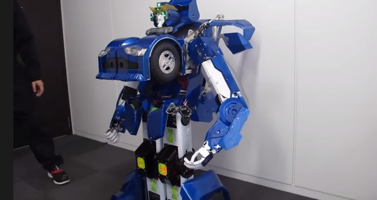 Japanese inventors have created a real life transformer robot