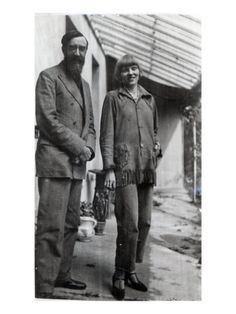 Lyntton Strachey and Dora Carrington
